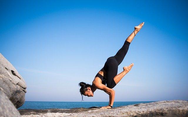 Hochwertige Yoga-Kleidung, maßgeschneidert für dich